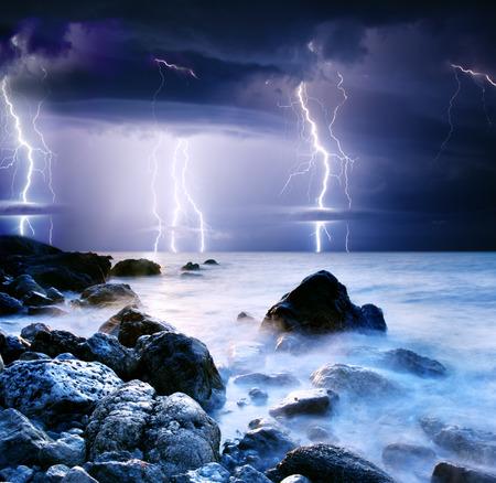 tormenta: comenzando con rayo de tormenta de verano