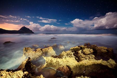 sicilia: Fantastic view of the nature reserve Monte Cofano. Dramatic scene. Creative lighting. cape San Vito. Sicilia, Italy