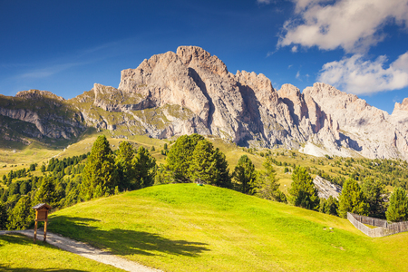 odle: View on the Puez Odle or Geisler summits, valley Gardena. National Park Dolomites, South Tyrol. Location village Ortisei, S. Cristina and Selva Gardena, Italy Stock Photo