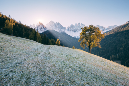 Morning in St. Magdalena village. Gorgeous scene. Location place Funes Valley (Villnob), Odle Group range, Dolomiti. Province of Bolzano - South Tyrol, Italy. Europe. Stock Photo