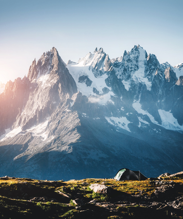 Great Mont Blanc glacier with Lac Blanc. Popular tourist attraction. Location Chamonix resort, Graian Alps, France, Europe. Scenic image of lifestyle hiking concept. Discover the beauty of earth. Stok Fotoğraf