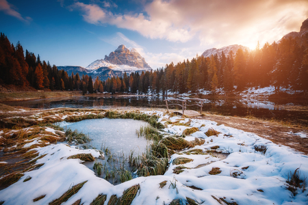 Scenic image of the lake Antorno in National Park Tre Cime di Lavaredo. Location Auronzo, Misurina, Dolomiti alps, South Tyrol, Italy, Europe. Great picture of wild area. Explore the beauty of earth. Stock Photo