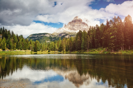 Scenic surroundings of the Antorno lake in National Park Tre Cime di Lavaredo. Picturesque and gorgeous scene. Location place Auronzo, Misurina, Dolomiti alp, South Tyrol Italy, Europe. Beauty world. Stok Fotoğraf