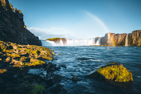 Attractive view of powerful Godafoss cascade. Location Bardardalur valley, Skjalfandafljot river, Iceland, Europe. Scenic image of beautiful nature landscape. Amazing scene. Discover beauty of earth. Banco de Imagens