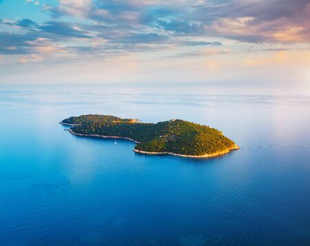 Picturesque nature Lokrum Island in a beautiful summer day. Location place Dubrovnik old town, Croatia, South Dalmatia, Europe. Mediterranean famous european resort. Discover the beauty of earth. Banco de Imagens