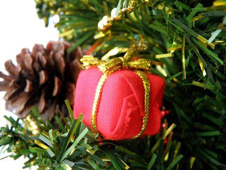glister: christmas tree detail
