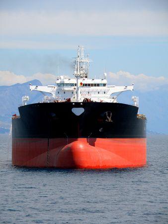 barco petrolero: Negro petrolero anclado en Split, Croacia