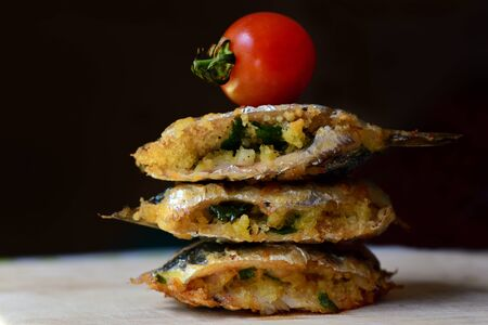 Traditionally Sicilian-style sardines that are stuffed and fried, called becca fico Standard-Bild