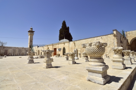 Ancient artifacts and minaret on Temple Mount in Jerusalem, Israel. Stock Photo - 16426436