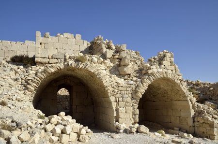 zbytky: Ancient remains of Shobak fortress, Jordan
