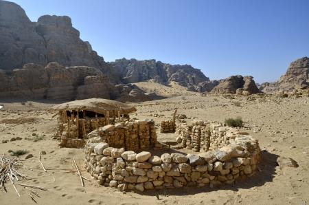 neolithic: Aldea neol�tica ruinas de piedra en el parque nacional de Little Petra, Jordania