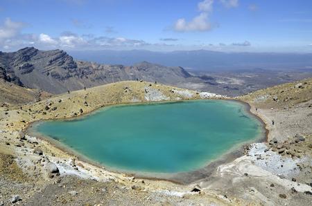 tongariro: Lago esmeralda superior en la pista de Tongariro, Nueva Zelanda