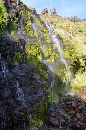 tongariro: Ketetahi corriente caliente en el parque nacional de Tongariro, Nueva Zelanda Foto de archivo