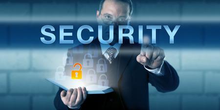 通信: ビジネス ・ ディレクターは、タッチ画面のインターフェイスのセキュリティを指摘されています。ビジネスの挑戦メタファーと情報技術概念物理的