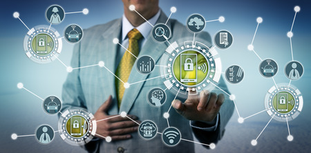 Unrecognizable executive using smartphone telematics to assess driver behavior. Technology and insurance industry concept for data collection via smart portable devices, connected car, connectivity. Standard-Bild