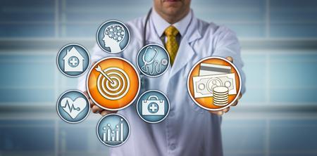 Diagnosticador irreconocible que presenta un modelo de atención de la salud basado en valores. Concepto médico y sanitario para encontrar y mejorar la calidad de la atención hospitalaria, reembolso, seguro médico privado.