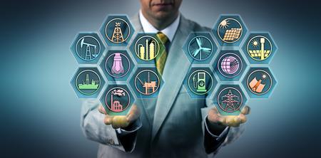 Manager balanciert fossile Brennstoffe und erneuerbare Energieressourcen in seiner Handfläche aus. Metapher für Sektoren der Energiewirtschaft, Stromerzeugung aus nachhaltigen Quellen, Energiewende.