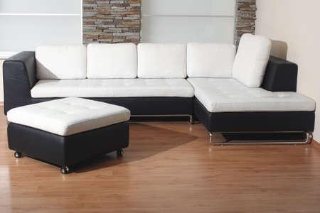 展示室内で黒と白の家具の詳細 写真素材