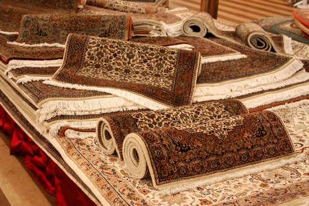Nieuw tapijt set detail neergeschoten in shop Stockfoto - 759618