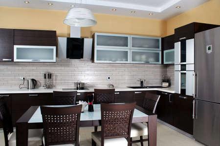 Moderne keuken itnerior shot met studio licht Stockfoto
