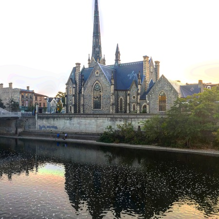 Church on the grand river Фото со стока