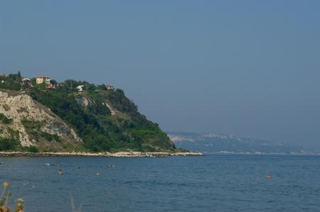 Paisaje de una monta�a y la orilla del mar. Bulgaria.