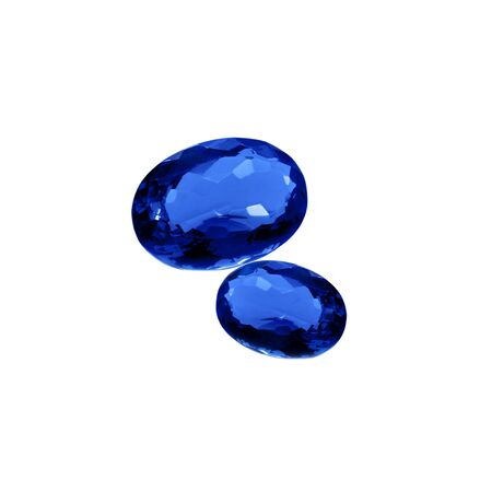 Royal blue kyanite gems on a white background. Natural kyanite oval faceted cut. Banque d'images