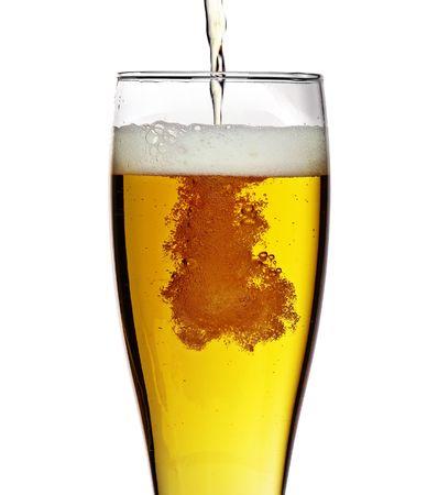 Glas Bier isoliert über einem weißen Hintergrund Standard-Bild - 4811904