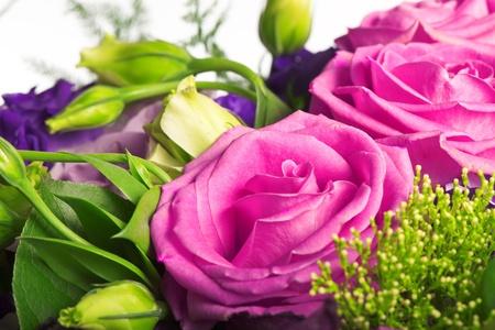 composition of tea roses and alstromeria Stock Photo - 13307186