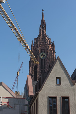roemerberg: Cathedral with construction site of the new houses on the Roemerberg in Frankfurt, Germany