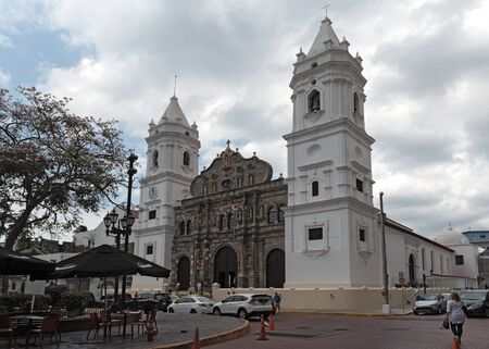 cathedral basilica metropolitana de santa maria la antigua sal felipe in the old quarter panama viejo panama