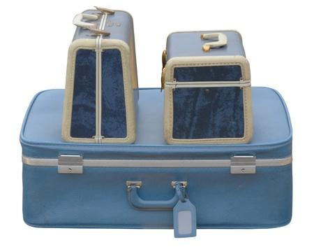 Trois valises bleues sur un parking Banque d'images