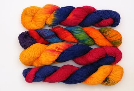 Colorful knitting yarn Фото со стока
