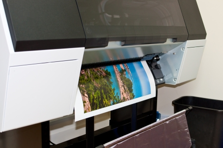 Printing a picture on a large printer