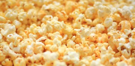 Close up of the popcorn for background Imagens