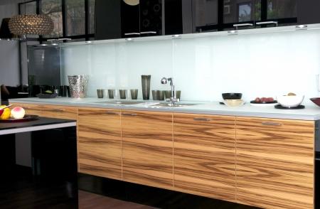 すてきなインテリア家具やキッチン家電製品を 報道画像
