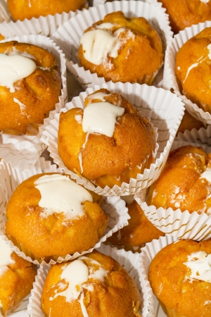 cream cakes photo