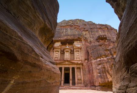 고 대 버려진 바위 도시 요르단에서 페트라 관광 명소