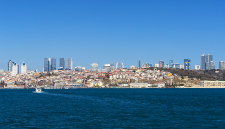 istanbul beach: ISTANBUL, TURKEY - 3 APRIL, 2017: Panorama of view from the Golden Horn on the duct slopes City