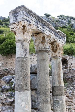 Le rovine dell'antica città antica di Efeso, la biblioteca di Celso, i templi e le colonne dell'anfiteatro. Candidato all'elenco del patrimonio mondiale dell'UNESCO Archivio Fotografico