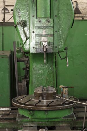 금속 가공 기계 작업 메커니즘을 근접 촬영