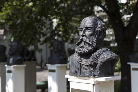 BUDAPEST, HUNGRÍA - 22 DE AGOSTO DE 2017: Museo de la historia de los militares del ejército húngaro con exposiciones históricas y composiciones sobre el tema de la guerra.