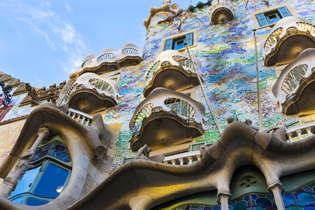 BARCELONA, SPAIN - 11 JANUARY 2018: One of the creations of the architect Gaudi Casa Batllo, the architect of the drew inspiration from the sea bed. 新闻类图片