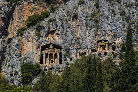 Ancient antique tombs of Lycian kings in the Taurus mountains Foto de archivo - 121064336