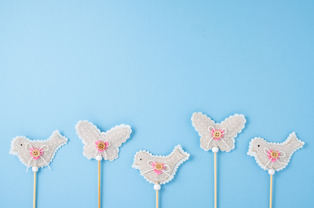 donna farfalla: Primavera o Pasqua sfondo