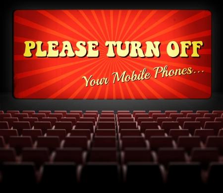 Por favor, apaguen los teléfonos celulares concepto pantalla de cine en el antiguo cine retro Foto de archivo