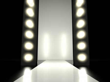 Défilé de mode vide illuminé par la lumière rougeoyante Banque d'images