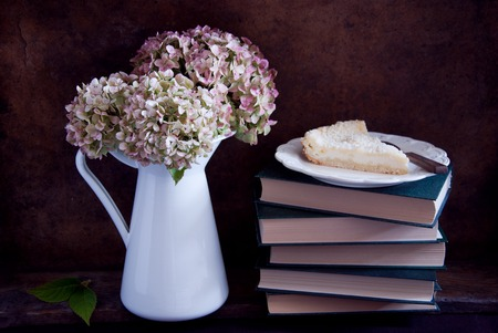 dried flower arrangement: Dried hydrangea flowers in a white jug and pie
