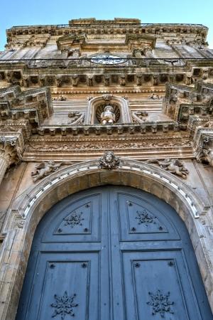 palazzolo: Dettaglio - Porta della Cattedrale di Palazzolo Acreide, Siracusa