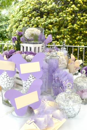 butterfly knife: Marriage - Table of sweets